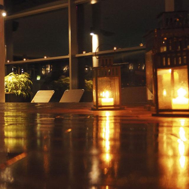 Kerzenlicht im Innenbereich
